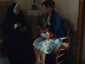 """""""Sedia del miracolo contro infertilità"""": misterioso rito a Napoli"""