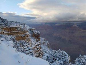 Bloccata nel Bryce Canyon dalla neve, costretta a bere la propria urina per sopravvivere