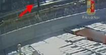 """Zhang Yao  sui binari prima  di morire, dietro  di lei 3 """"ombre"""""""