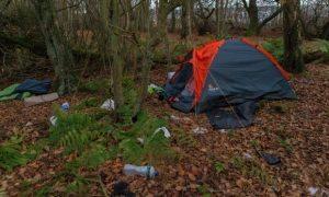 Amazon, dipendenti costretti a vivere in tenda in Scozia