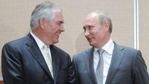 """Trump nomina Tillerson segretario di Stato: il """"petroliere"""" amico di Putin"""