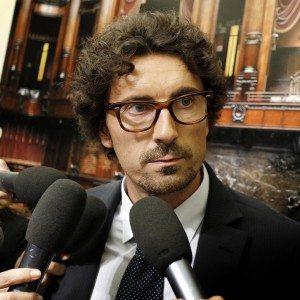 """M5S, tensione riunione gruppi: """"Sì a Italicum chi l'ha deciso?"""", Al voto con legge costituzionale"""