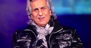 George Michael morto, Toto Cutugno si gratta in diretta VIDEO