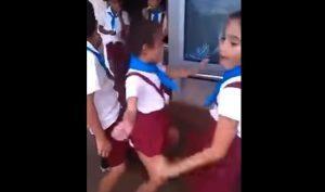 YOUTUBE Bambini di 10 anni ballano il twerking: video scandalo