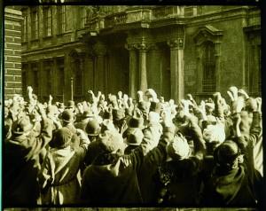 Come nacque il nazismo: in un film del 1924 girato a Vienna ebrei deportati...