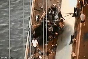 Automobilista sbanda apposta sul ponte Voleva suicidarsi