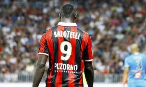 """Mario Balotelli: buh razzisti dai fan del Bastia, """"vaffa"""" in italiano dall'allenatore Ciccolini"""