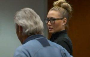 Brianne Altice, prof aveva rapporti con gli allievi: condannata a 30 anni