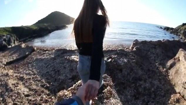 Buttata dal fidanzato giù dalla scogliera4
