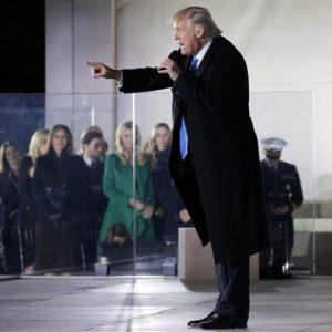 """Donald Trump, Inauguration Day: """"Il viaggio è iniziato, farò l'America grande"""" FOTO"""