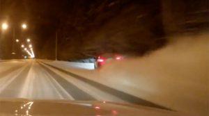 YOUTUBE Gara di velocità su strada ghiacciata: si schianta e muore con moglie incinta