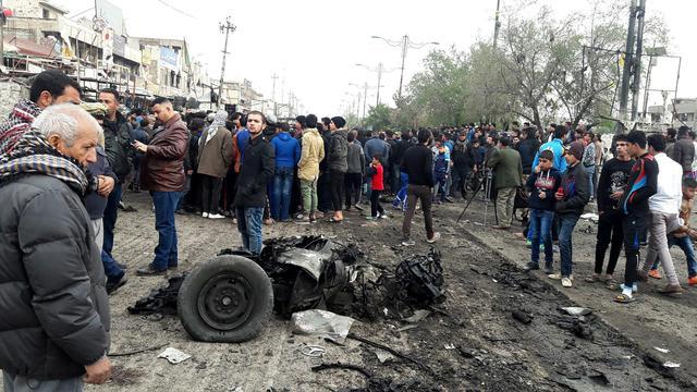 Iraq, 2 attentati Baghdad vicino ospedali provocano 39 morti8