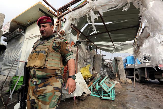 Iraq, 2 attentati Baghdad vicino ospedali provocano 39 morti5