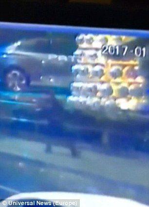 Istanbul, VIDEO mostra proiettili che rimbalzano su auto3