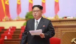 """Corea del Nord, Kim Jong-un: """"Sviluppo missili lungo raggio in fase finale"""""""