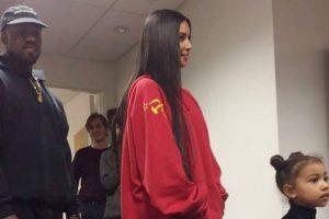 Kim Kardashian e la felpa con la falce e martello da 700 euro4