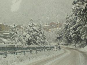 Previsioni meteo, freddo e neve gelano ancora il Centro Italia