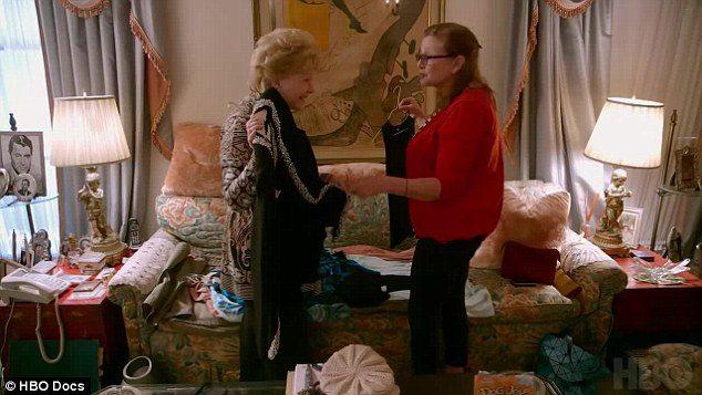Reynolds e Fisher, amore mamma-figlia dive e droghe in documentario6