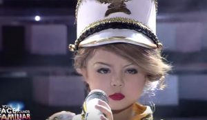 YOUTUBE Xia Vigor a 7 anni imita Taylor Swift e diventa una star del web