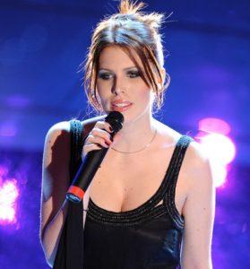 Matrimonio alla Reggia di Caserta, cantante Silvia Aprile indagata per truffa