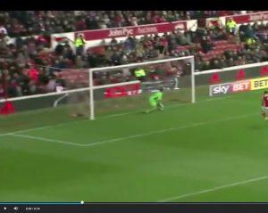 YOUTUBE Ben Osborn gol punizione: si alza la palla, segna rete leggendaria