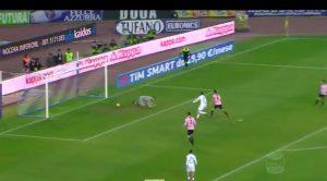 Video, Napoli-Palermo: Posavec papera su gol di Mertens