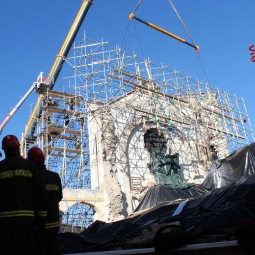 Terremoto Centro Italia, messa in sicurezza facciata Basilica Norcia