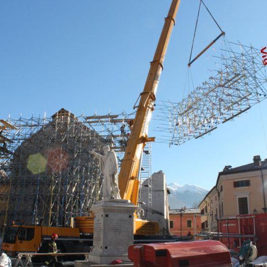 Terremoto Centro Italia, messa in sicurezza facciata Basilica Norcia3