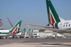 Alitalia verso lo sciopero: mediazione fallita, sindacati invocano lo stop