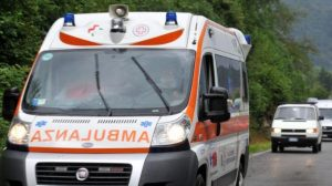 Rapina in villa a Brescia: colpito a bastonate figlio del proprietario, è gravissimo