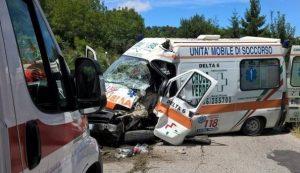 Roma: scontro auto-ambulanza, paziente di 90 anni muore in ospedale