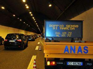 Nuovo bollo auto per circolare sulle strade statali? Il pedaggio per liberare Anas