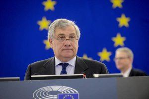 """Antonio Tajani presidente del Parlamento Ue: """"Dedico elezione alle vittime del terremoto"""""""