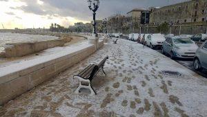 """""""Scuole chiuse a Bari fino al 17"""", post dello studente che si finge il sindaco"""