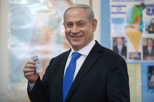 Netanyahu sotto inchiesta verso fine carriera. Ha turbato il Natale, il suo Dio lo punisce?