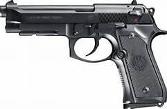Una Beretta M9