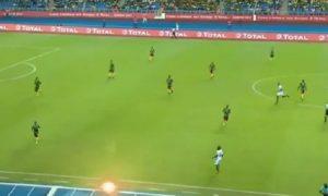 YOUTUBE Coppa d'Africa, il calcio di inizio più assurdo di sempre