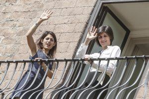 Chiara Appendino sindaco più amato, Virginia Raggi penultima