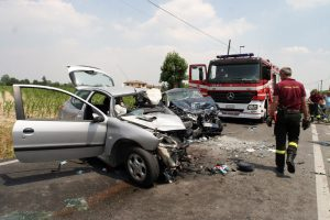 Incidenti: le strade, i giorni e le ore più pericolose per guidare (foto Ansa)