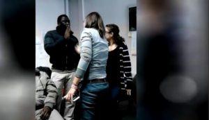 """Manager cooperativa Cona risponde così ai migranti: """"Siete dei macachi"""" VIDEO"""