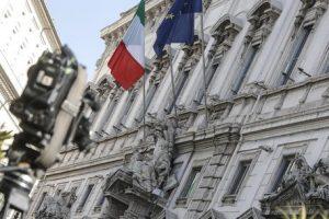 Italicum. No ballottaggio, resta premio maggioranza: legge elettorale applicabile subito