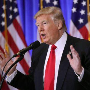 """Donald Trump spiato dalla Russia: """"Io ricattabile? Non ho nulla da temere"""""""