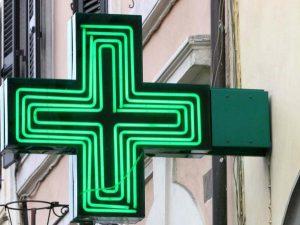 """Cannabis terapeutica di Stato, il primo farmacista che la vende: """"Così risparmi del 30%"""""""