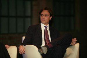 Vogue Italia, Emanuele Farneti nuovo direttore. Succede a Franca Sozzani