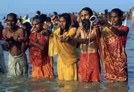 Pellegrini nel Gange