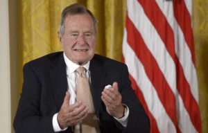 George Bush padre in ospedale: ricoverato a Houston