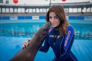 Rimini, ragazza di 28 anni sfregiata con acido dall'ex. Rischia di perdere la vista
