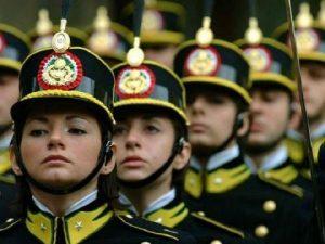 Soldatessa esclusa da concorso GdF perché incinta: il Tar le restituisce il diritto