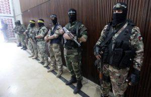 Hamas, su Facebook profili di belle ragazze: così violò telefoni dell'esercito israeliano