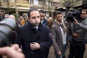 Francia, primarie sinistra: Benoit Hamon batte Manuel Valls